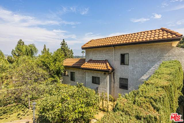 371 Monterey Rd, South Pasadena, CA 91030 (#20-642870) :: TruLine Realty