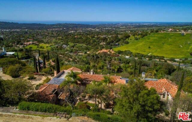 3756 Foothill Rd, Santa Barbara, CA 93105 (#20-644326) :: The Suarez Team