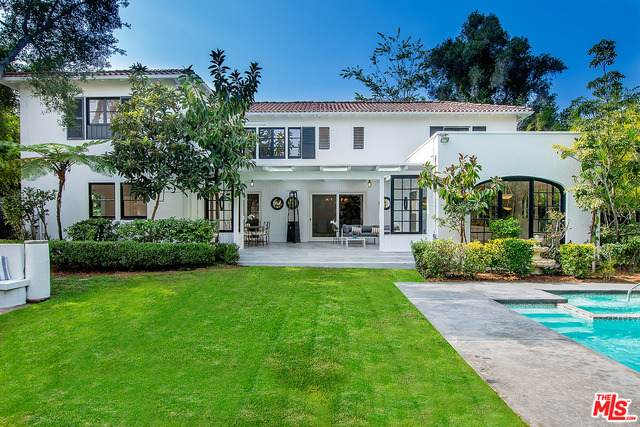 300 S June St, Los Angeles, CA 90020 (#20-649740) :: Randy Plaice and Associates