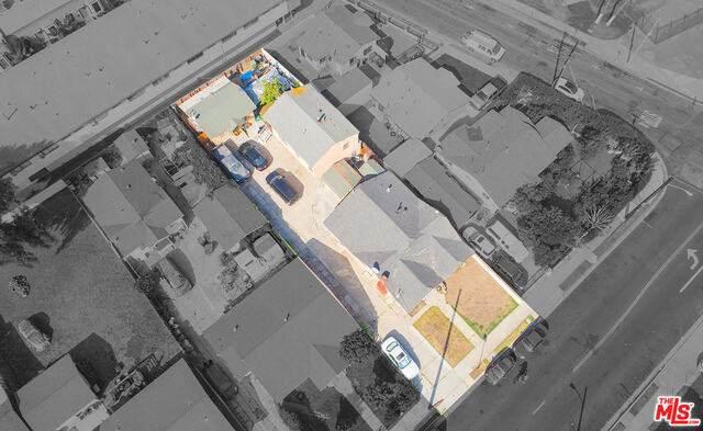 407 Grevillea Ave - Photo 1