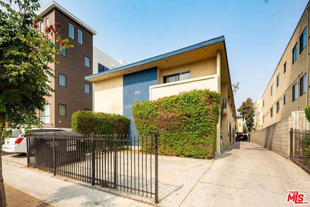 5022 Slauson Ave - Photo 1