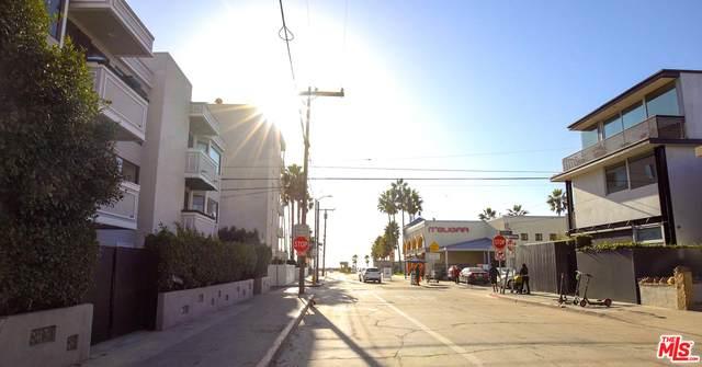 18 Venice Blvd - Photo 1