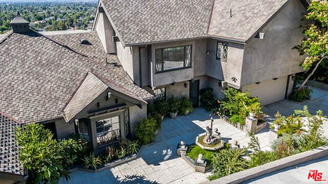 3772 Berry Dr, Studio City, CA 91604 (#20-661236) :: Berkshire Hathaway HomeServices California Properties