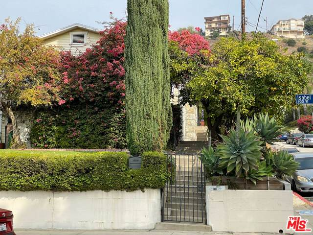 931 Isabel St, Los Angeles, CA 90065 (#20-664526) :: Lydia Gable Realty Group