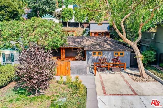 3880 Dixie Canyon Ave, Sherman Oaks, CA 91423 (#20-664996) :: Randy Plaice and Associates