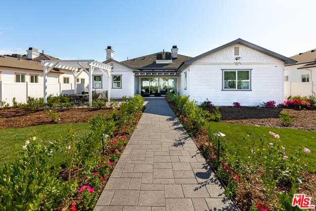 10180 Wealtha Ave, Sun Valley, CA 91352 (#20-665368) :: TruLine Realty