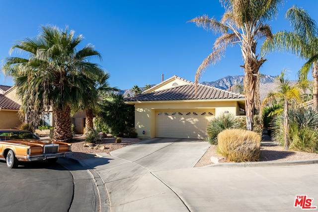 1331 Crystal Ct, Palm Springs, CA 92264 (#21-677230) :: Berkshire Hathaway HomeServices California Properties