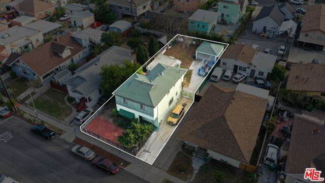 1332 W 35Th Pl, Los Angeles, CA 90007 (#21-682166) :: TruLine Realty
