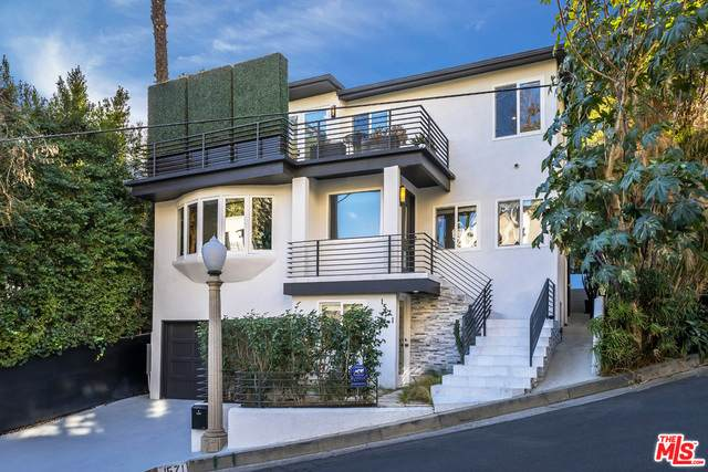 1571 Queens Rd, Los Angeles, CA 90069 (#21-684198) :: The Parsons Team