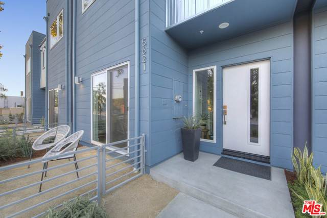 5627 N Strohm Ave, North Hollywood, CA 91601 (#21-691190) :: Lydia Gable Realty Group
