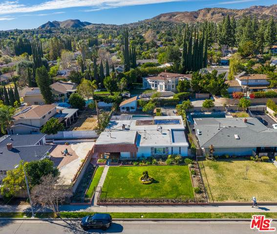 7819 Woodlake Ave, West Hills, CA 91304 (#21-694838) :: TruLine Realty