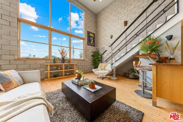 717 N Cahuenga Blvd A3, Los Angeles, CA 90038 (MLS #21-705640) :: The John Jay Group - Bennion Deville Homes