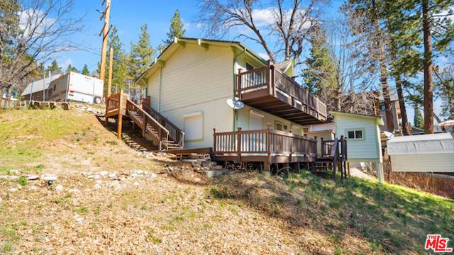 33175 Arrowbear Dr, Arrowbear Lake, CA 92382 (#21-721768) :: Randy Plaice and Associates