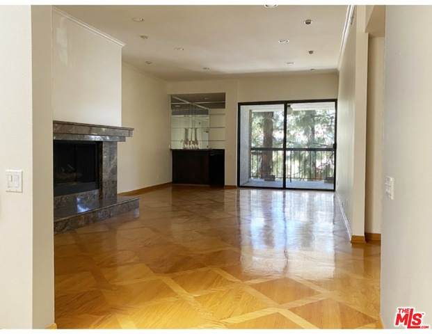 272 S Lasky Dr #404, Beverly Hills, CA 90212 (#21-723980) :: Lydia Gable Realty Group