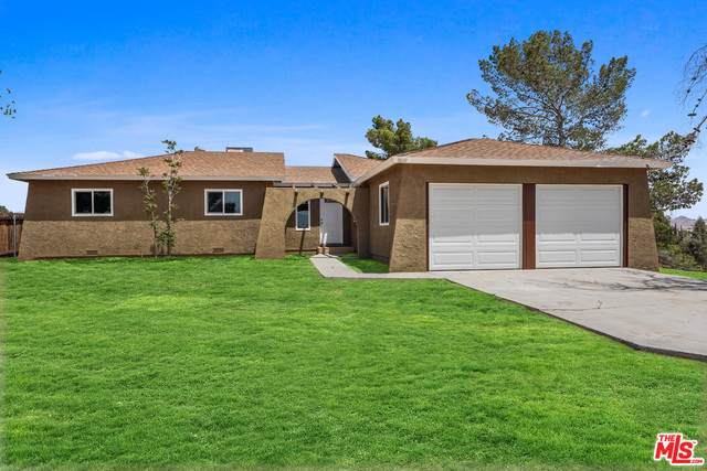 16347 Solvang Ave, Victorville, CA 92394 (MLS #21-727912) :: Hacienda Agency Inc