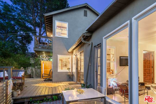 1150 Canyon Trl, Topanga, CA 90290 (#21-728936) :: The Pratt Group