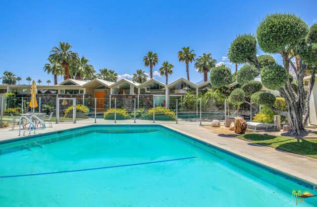 189 W Merito Pl, Palm Springs, CA 92262 (#21-733988) :: Randy Plaice and Associates