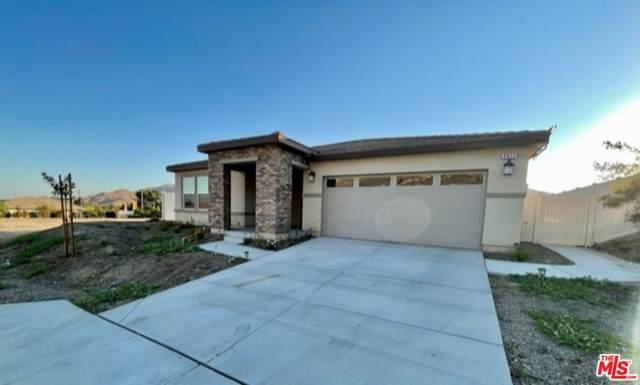 9617 NE Trailhead Ln, Moreno Valley, CA 92557 (#21-738058) :: Angelo Fierro Group | Compass