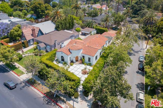754 S Highland Ave, Los Angeles, CA 90036 (#21-744852) :: TruLine Realty
