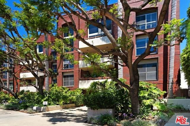 410 Barrington Ave - Photo 1