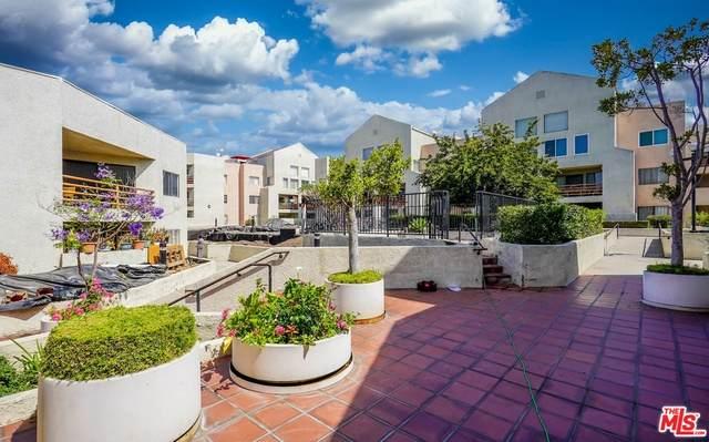 1118 Valencia St - Photo 1