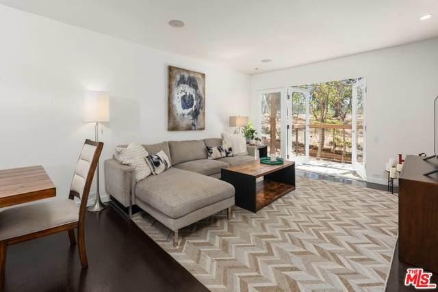 330 S Barrington Ave #108, Los Angeles, CA 90049 (#21-748184) :: Montemayor & Associates