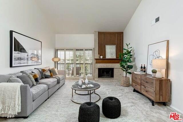 8601 Falmouth Ave #406, Playa Del Rey, CA 90293 (#21-750808) :: Montemayor & Associates