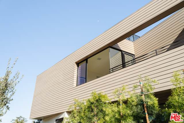 3201 Thatcher Ave, Marina Del Rey, CA 90292 (#21-751626) :: The Pratt Group