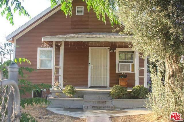 317 E O St, Colton, CA 92324 (MLS #21-756464) :: The John Jay Group - Bennion Deville Homes