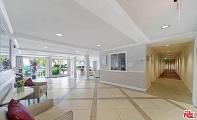 4501 Cedros Ave #241, Sherman Oaks, CA 91403 (MLS #21-759400) :: The John Jay Group - Bennion Deville Homes
