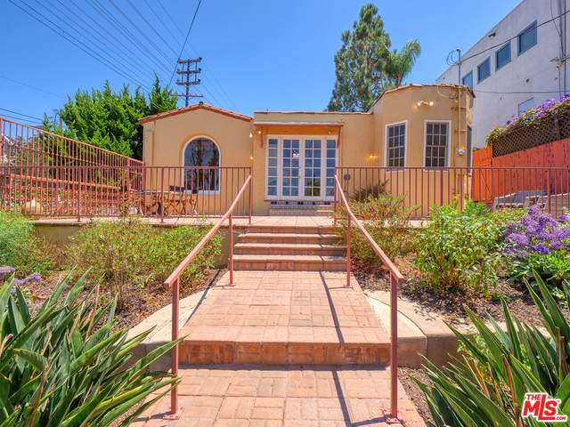 2945 Manning Ave, Los Angeles, CA 90064 (#21-766736) :: Lydia Gable Realty Group