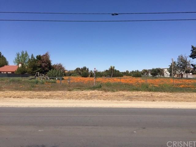 0 W Ave O And 26Th Street West, Palmdale, CA 93551 (#SR19036612) :: The Agency