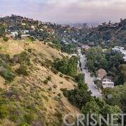 2700 Canyon Drive, Hollywood Hills, CA 90068 (#SR19124613) :: The Agency