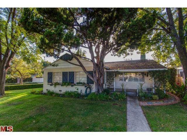 5309 Lemona Avenue, Sherman Oaks, CA 91411 (#13705387) :: DSCVR Properties - Keller Williams
