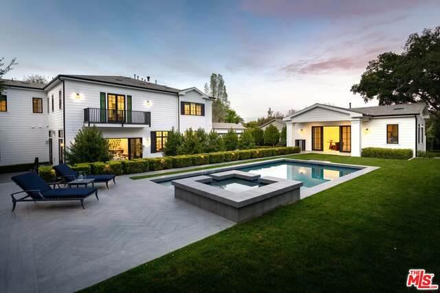 16810 Bajio Rd, Encino, CA 91436 (MLS #20-550952) :: The John Jay Group - Bennion Deville Homes