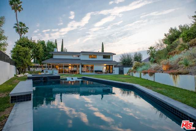 20351 Alerion Pl, Woodland Hills, CA 91364 (#20-632996) :: Compass