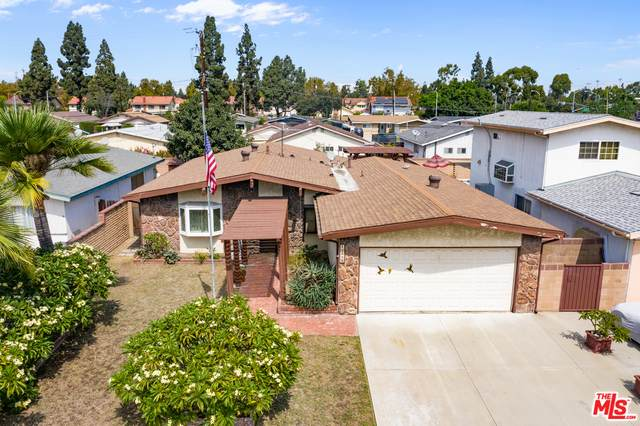 12525 Renville St, Lakewood, CA 90715 (#20-635010) :: TruLine Realty