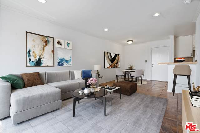 525 S Ardmore Ave #301, Los Angeles, CA 90020 (#21-718936) :: The Pratt Group