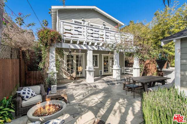 820 Milwood Ave, Venice, CA 90291 (#21-724390) :: The Grillo Group