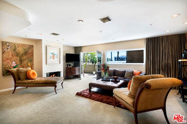 1145 N Horn Ave C, West Hollywood, CA 90069 (MLS #21-726476) :: The John Jay Group - Bennion Deville Homes