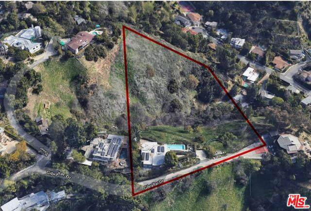 3198 Gibraltar Dr, Beverly Hills, CA 90210 (#21-736092) :: Randy Plaice and Associates
