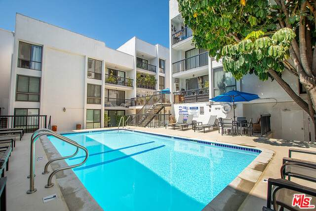 906 N Doheny Dr #510, West Hollywood, CA 90069 (#21-736986) :: Compass