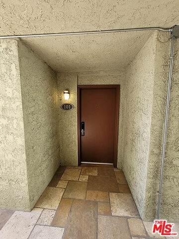 4321 Los Feliz Blvd - Photo 1