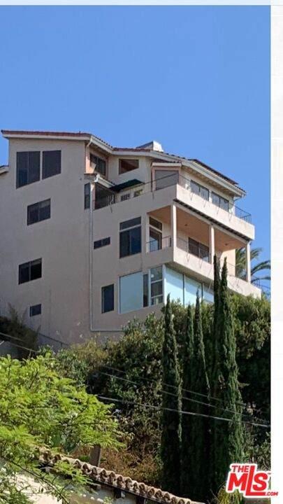 7866 Fareholm Dr, Los Angeles, CA 90046 (#21-780898) :: Vida Ash Properties | Compass