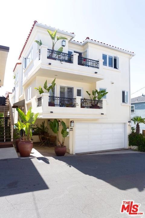 95 Crest Drive, Manhattan Beach, CA 90266 (#17221252) :: The Fineman Suarez Team
