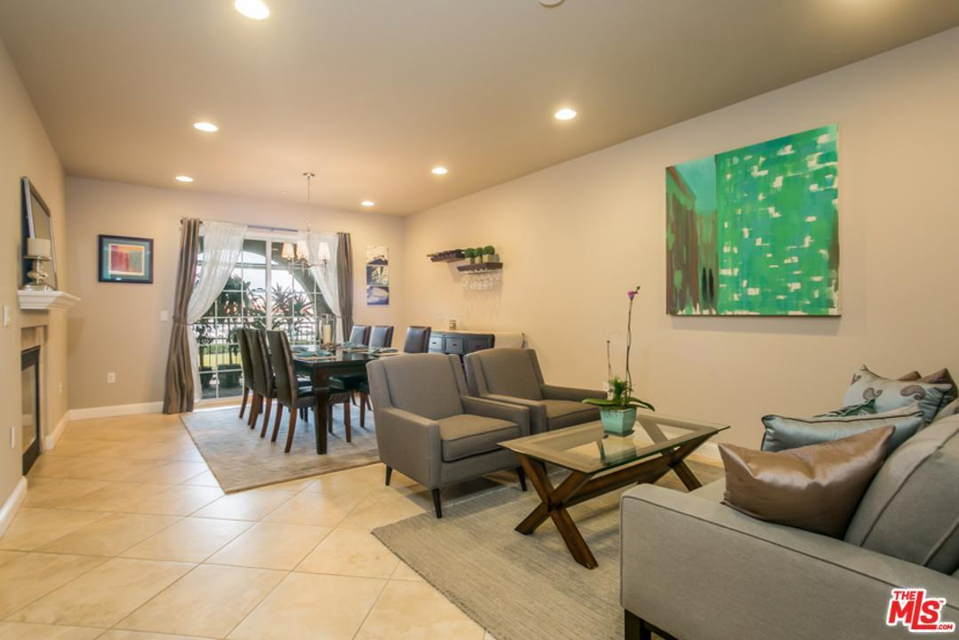 12975 Agustin Place #132, Playa Vista, CA 90094 (#17222990) :: The Fineman Suarez Team