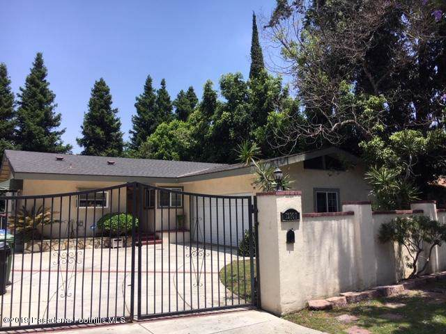 12807 Chandler Boulevard, Valley Village, CA 91607 (#819002900) :: Lydia Gable Realty Group
