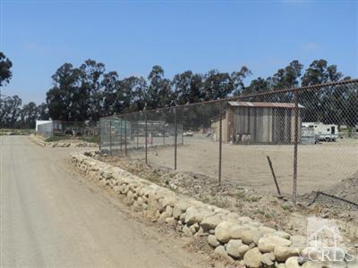 890 Mission Rock Road, Santa Paula, CA 93060 (#10009892) :: Lydia Gable Realty Group