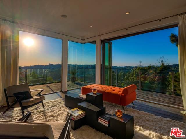 2425 Solar Dr, Los Angeles, CA 90046 (MLS #20-563308) :: The John Jay Group - Bennion Deville Homes