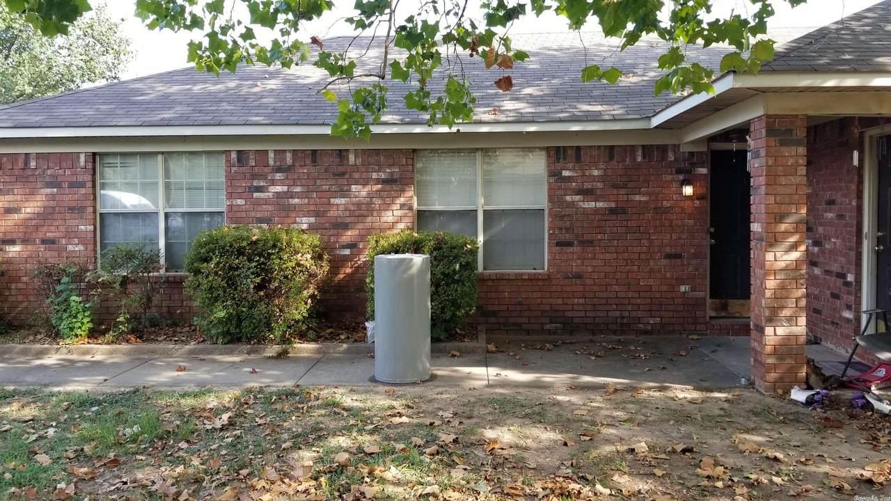 416 South Davis Street - Photo 1